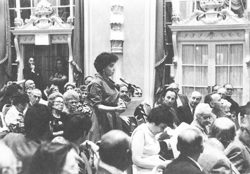 Betsy Wade addressing a Times stockholders meeting in 1974, imploring the paper to appoint more women to its board